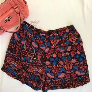 H&M Beautiful Dressy Print Shorts Size 10